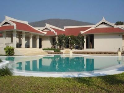 Fabulous Tropical Dream Home